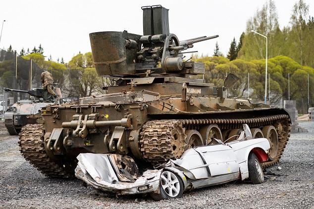 raskaan sarjan ajopaketti panssarivaunulla